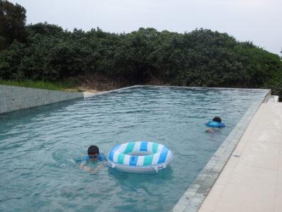リスケープ 屋外プール